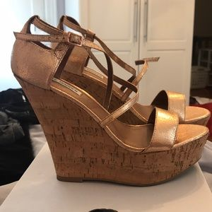 Rose gold wedges by Steve Madden